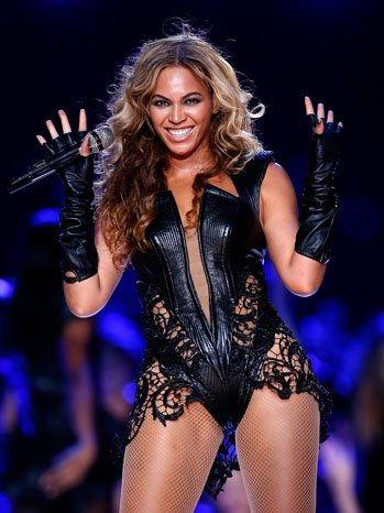 beyonce_super_bowl_outfit
